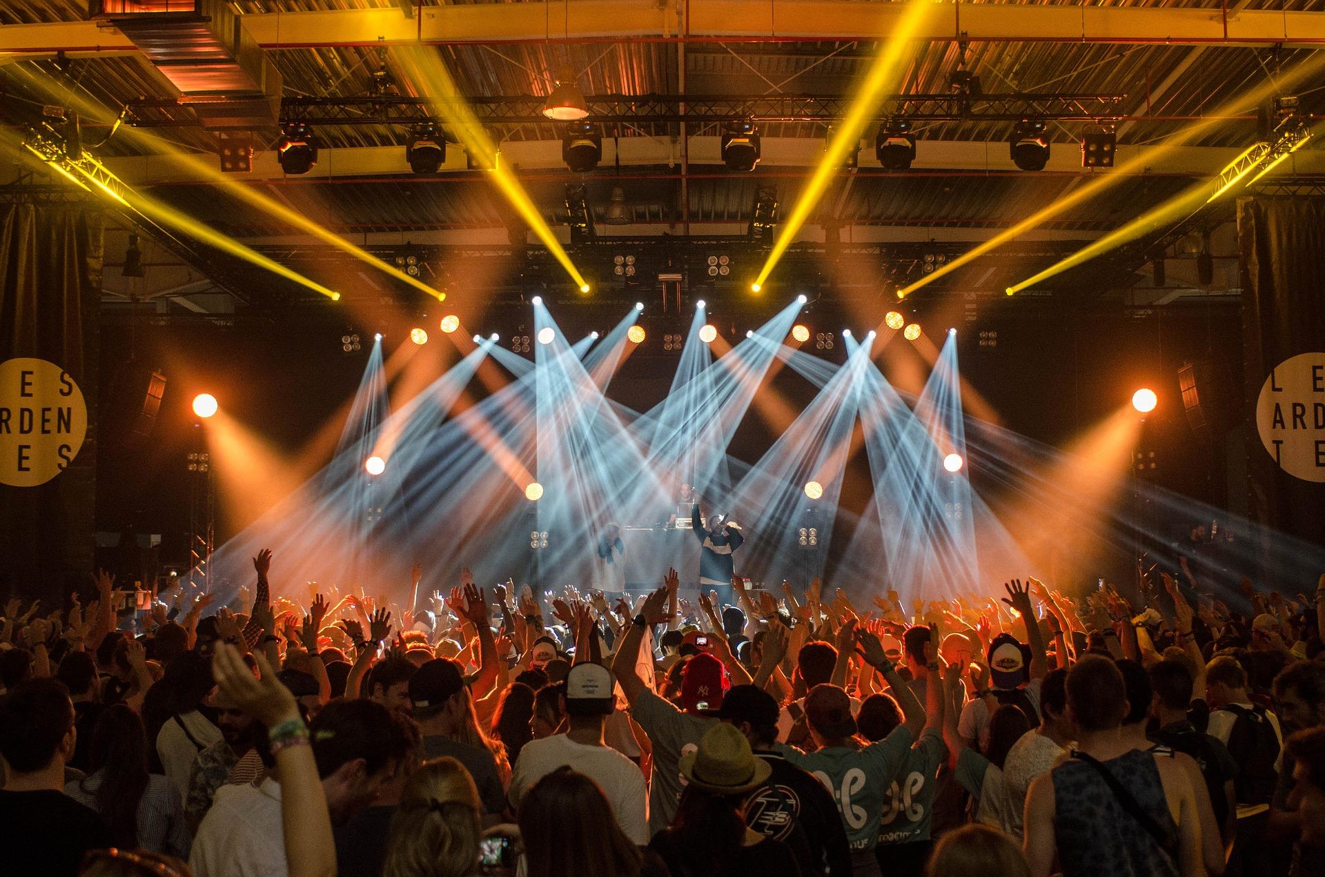 KinKi KidsライブDVD予約、特典案内!最新『MTV Unplugged』最安値、収録曲など詳細